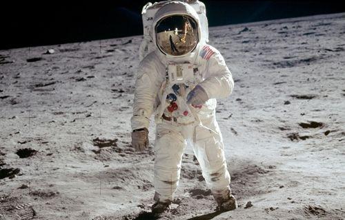 Ay'da maden arama çalışmaları başlıyor!