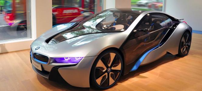 BMW Londra'ya bomba gibi geliyor!