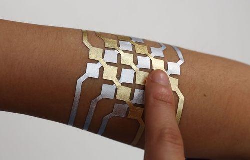 Akıllı telefonunuzu kontrol etmenizi sağlayan 'dövme' üretildi!