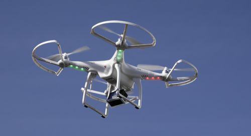 Gökyüzünde insansız hava aracı uçuran yandı!