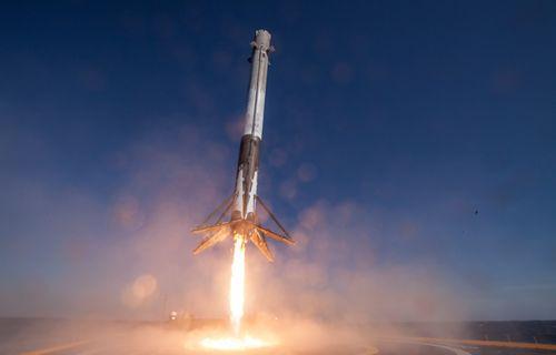 SpaceX bir ilke imza attı!