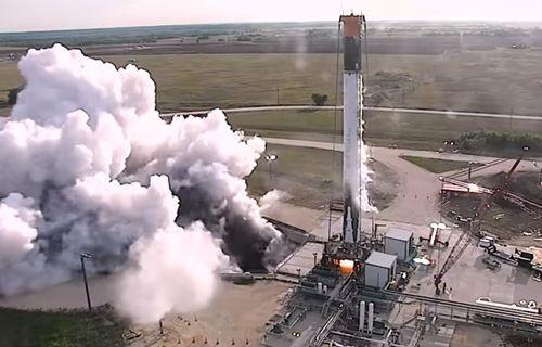SpaceX, kullanılmış bir roketi yeniden ateşledi