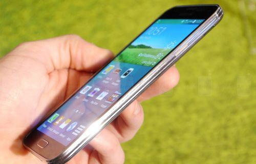 İşte huzurlarınızda Samsung Galaxy S5!