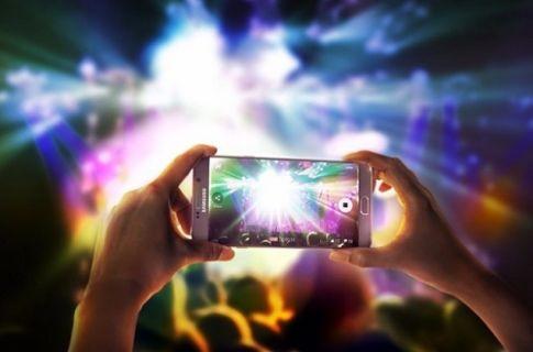 Galaxy Note 5 en iyi ekrana sahip akıllı telefon!