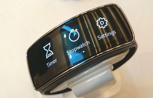 Samsung Gear Fit 2 Pro Türkiye'de ön siparişe açıldı