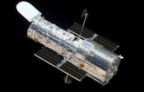 Hubble teleskobu Galaxy'nin en büyük yıldızlarını görüntüledi!
