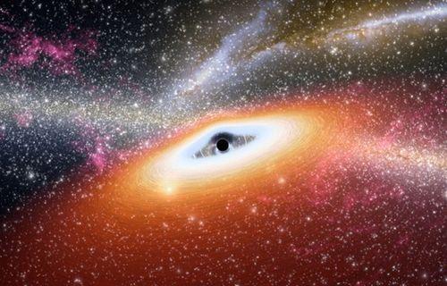 Kara deliklerin çarpışması nasıl gerçekleşir? (Video)