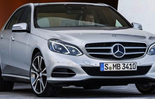 Mercedes'ten emniyet kemerine hava yastığı!