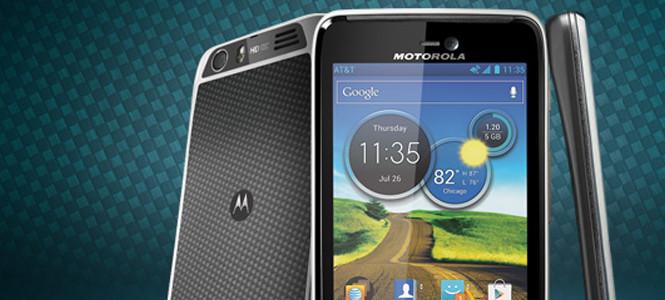 Motorola Cuma günü hangi telefonu tanıtacak?