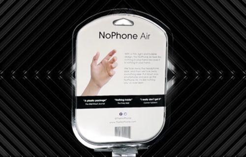 iPhone ile feci dalga geçen The NoPhone Air satışa sunuldu!