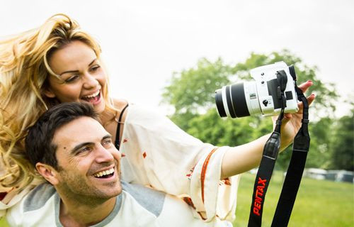 Rengarenk Pentax K-50 kamera - İnceleme