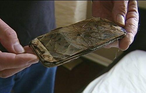 Akıllı telefonun kullanıldığı sırada patlama anı, kameralar tarafından kaydedildi