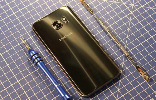 Samsung Galaxy S7 Parçalara Ayrıldı
