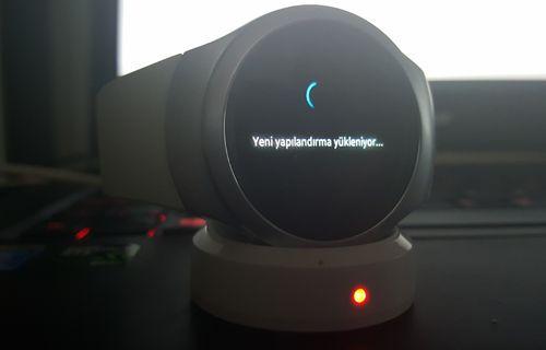 Samsung Gear S2 Güncellemesi Türkiye'de Yayınlandı
