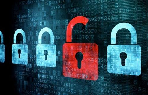 Hackerlar iki farklı havalimanını hacklediler!