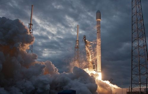 NASA, SpaceX ile ISS görevi için anlaştı