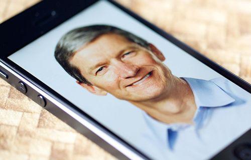 Apple CEO'su Tim Cook'u rezil eden fotoğraf! (Güncelleme)