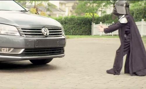 Greenpeace çevre örgütü Volkswagen'i kendi reklamıyla vurdu